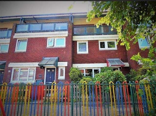 3 Bedrooms Maisonette Flat for sale in South Tottenham, London