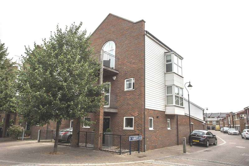 3 Bedrooms Link Detached House for sale in Portland Place, Greenhithe