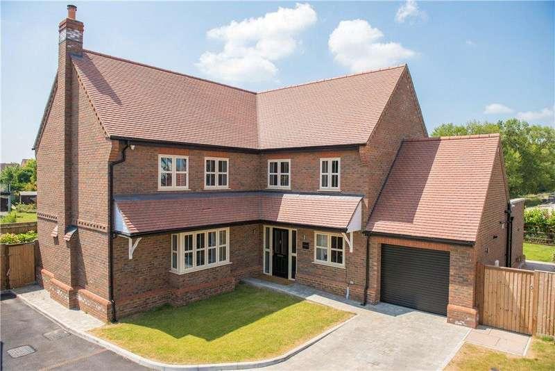 5 Bedrooms Detached House for sale in Brook Street, Aston Clinton, Aylesbury, Buckinghamshire