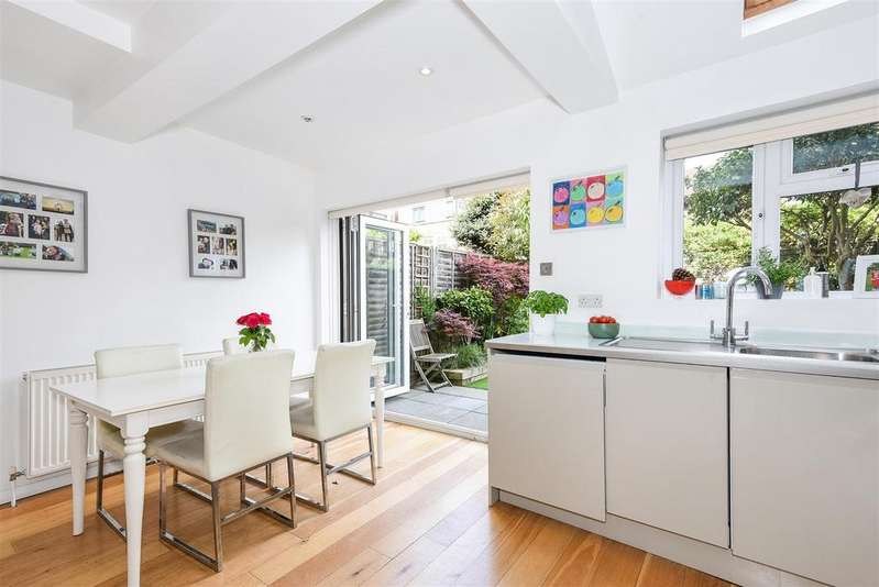 4 Bedrooms House for sale in Lewin Road, London