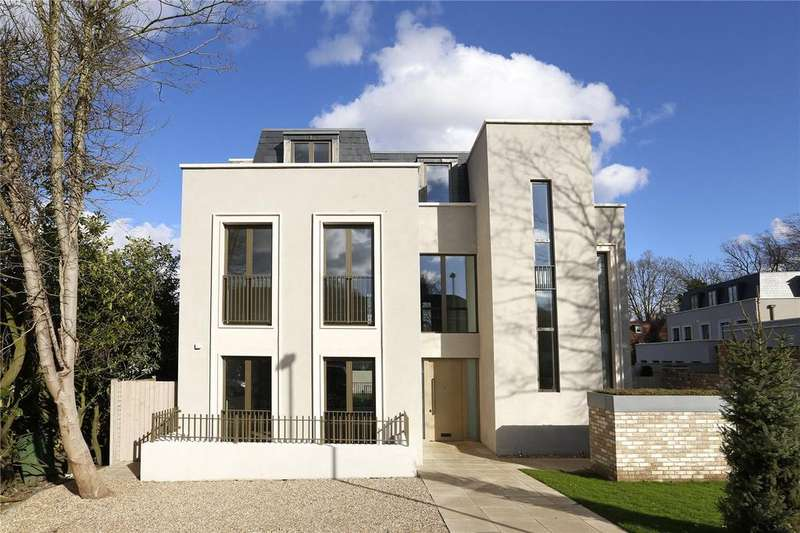 6 Bedrooms Detached House for sale in Lincoln Avenue, Wimbledon, London, SW19