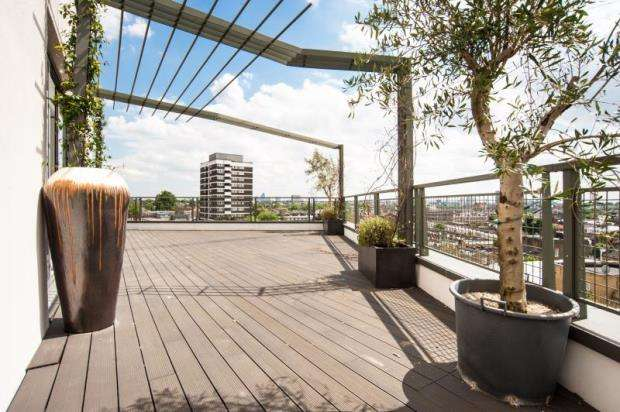 6 Bedrooms Flat for sale in Holmes Road, Kentish Town, London, NW5