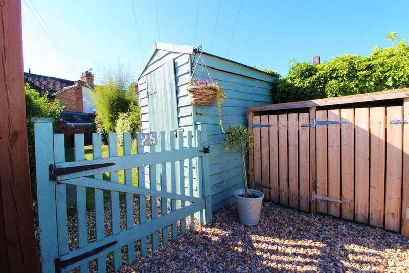 2 Bedrooms Terraced House for sale in The Warren, Clapham MK41