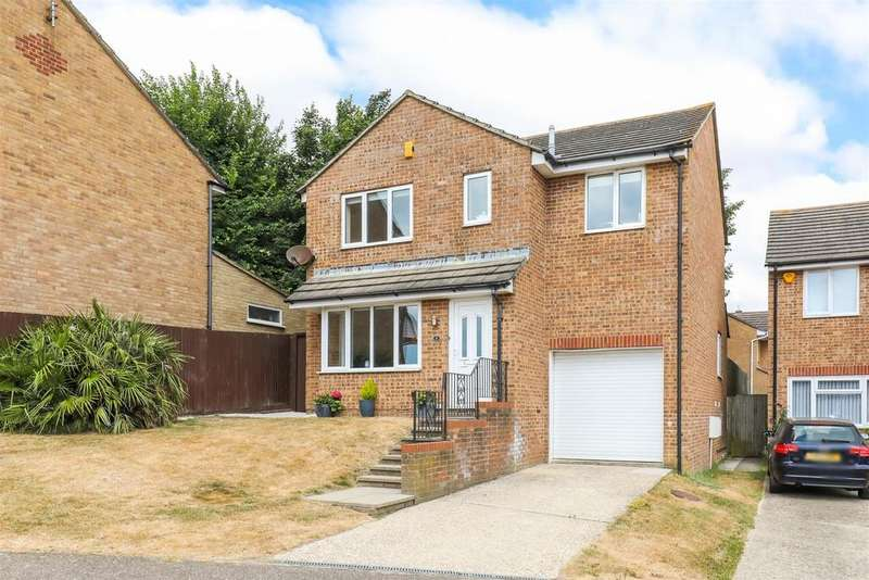 4 Bedrooms Detached House for sale in Crest Way, Foredown Tower, Portslade