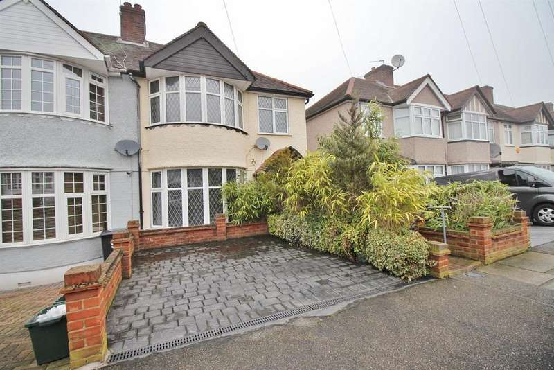 3 Bedrooms End Of Terrace House for sale in Greenway, Chislehurst