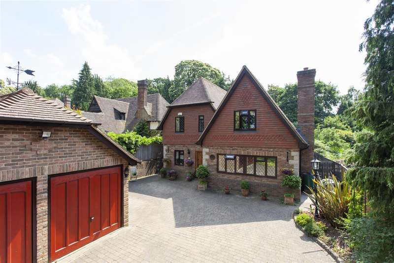 4 Bedrooms Detached House for sale in 423a London Road, Ditton, Aylesford