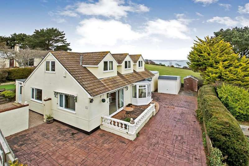 4 Bedrooms Detached Bungalow for sale in Windward Lane, Holcombe