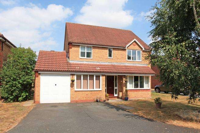 4 Bedrooms Detached House for sale in 21 Cedarwood Drive, Muxton, Telford, Shropshire, TF2 8SH
