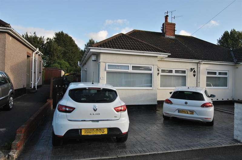 2 Bedrooms Semi Detached Bungalow for sale in Petherton Gardens, Hengrove