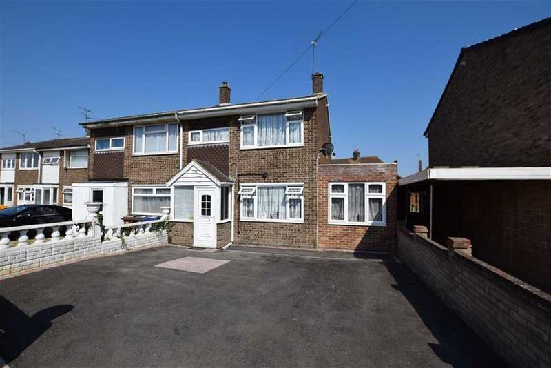 5 Bedrooms Semi Detached House for sale in Spindles, Tilbury, Essex