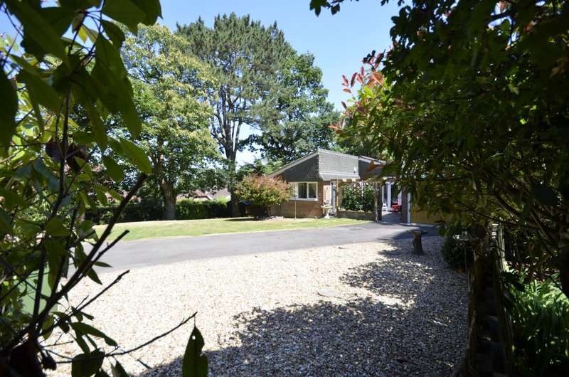 3 Bedrooms Bungalow for sale in Littlewood Gardens, West End, Southampton, SO30