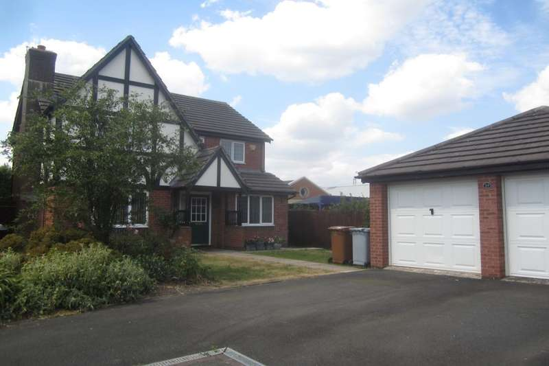 4 Bedrooms Detached House for sale in James Atkinson Way, Crewe, CW1