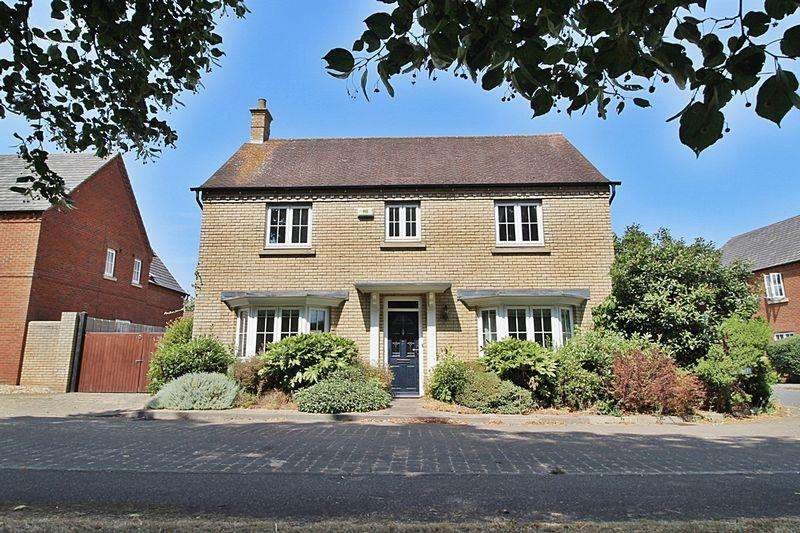 4 Bedrooms Detached House for sale in Mayston Close, Potton