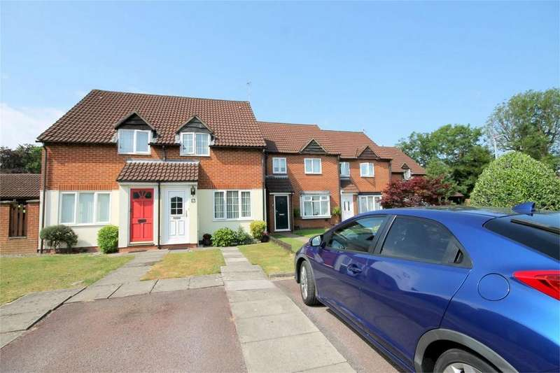 2 Bedrooms Semi Detached House for sale in The Wickets, Kingswood, Bristol