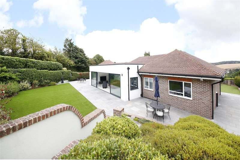 4 Bedrooms Detached House for sale in Old Dartford Road, Farningham, Dartford, Kent, DA4