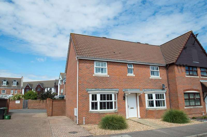 4 Bedrooms Semi Detached House for sale in Madeira Way, Eastbourne