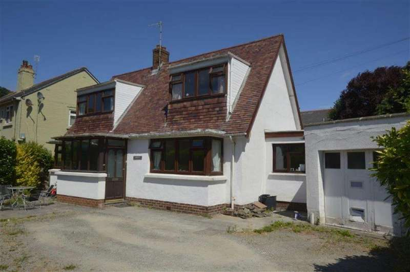 3 Bedrooms Detached House for sale in Banfre, 6, Cambrian Square, Aberystwyth, SY23