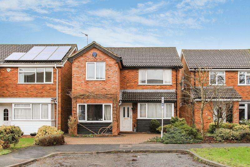 3 Bedrooms Detached House for sale in PITSTONE