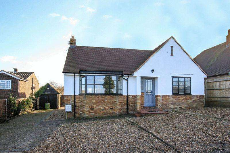 3 Bedrooms Bungalow for sale in Cheddington