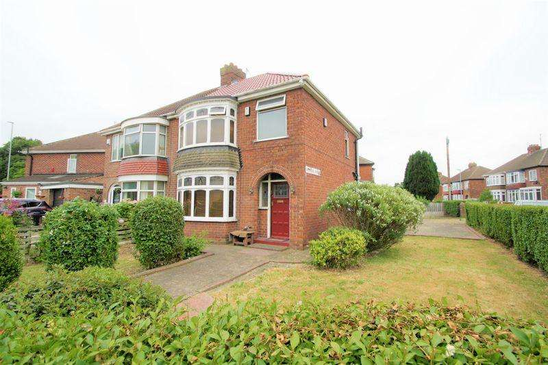 3 Bedrooms Semi Detached House for sale in Langley Avenue, Thornaby, Stockton-on-Tees, TS17 7HE