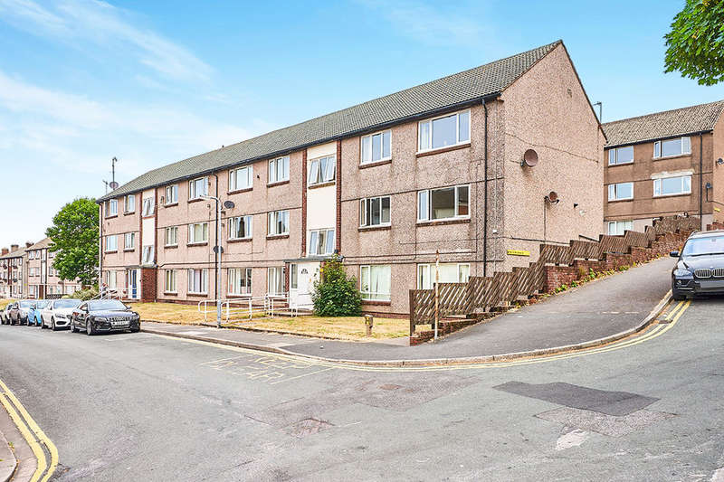 2 Bedrooms Flat for sale in George Street, Whitehaven, CA28
