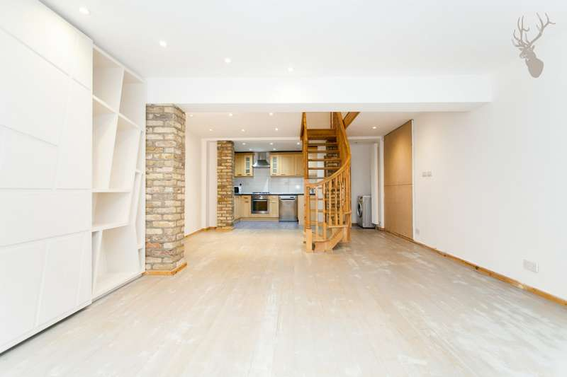 3 Bedrooms Flat for sale in Victoria Park Road, Victoria Park, E9