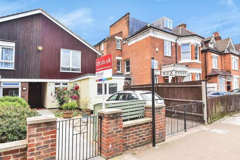 3 Bedrooms Semi Detached House for sale in Oakdale Road, Streatham