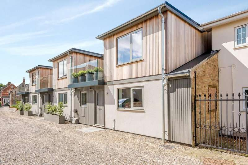 3 Bedrooms Mews House for sale in High Street, Holt, Norfolk, NR25