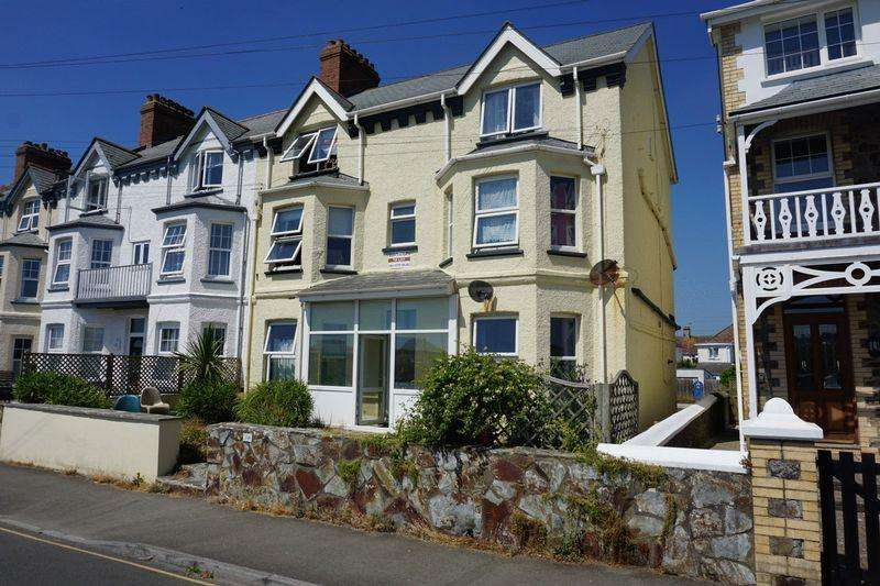 10 Bedrooms Semi Detached House for sale in Downs View, Bude