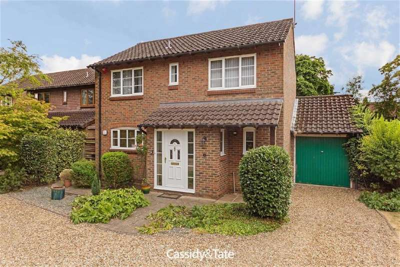 4 Bedrooms Detached House for sale in Kingfisher Close, Wheathampstead, Herts
