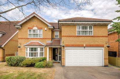 4 Bedrooms Detached House for sale in Melrose Drive, Elstow, Bedford, Bedfordshire
