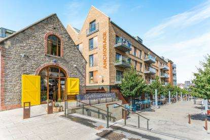 2 Bedrooms Flat for sale in Anchorage, Gaol Ferry Steps, Bristol