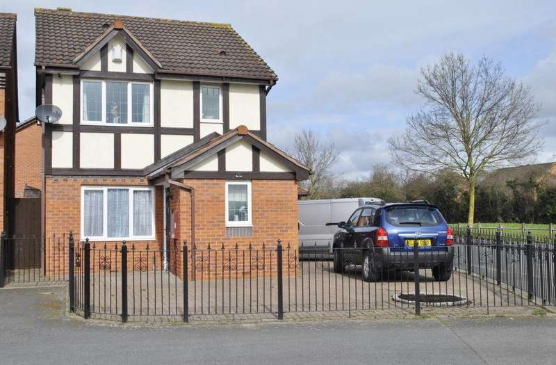 3 Bedrooms Detached House for sale in Ryder Road, Leicester, LE3