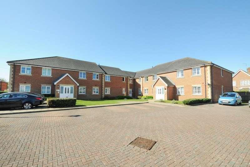 2 Bedrooms Flat for sale in St Michaels Road, Newbury, RG14