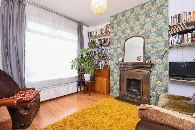 2 Bedrooms Terraced House for sale in Caversham Road, Turnpike Lane N15