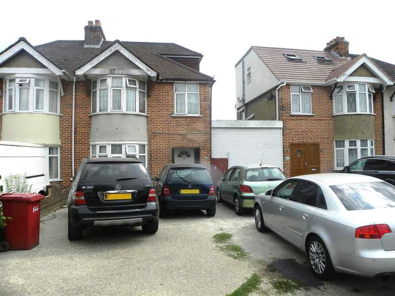 4 Bedrooms Property for sale in Shaggy Calf Lane, Slough