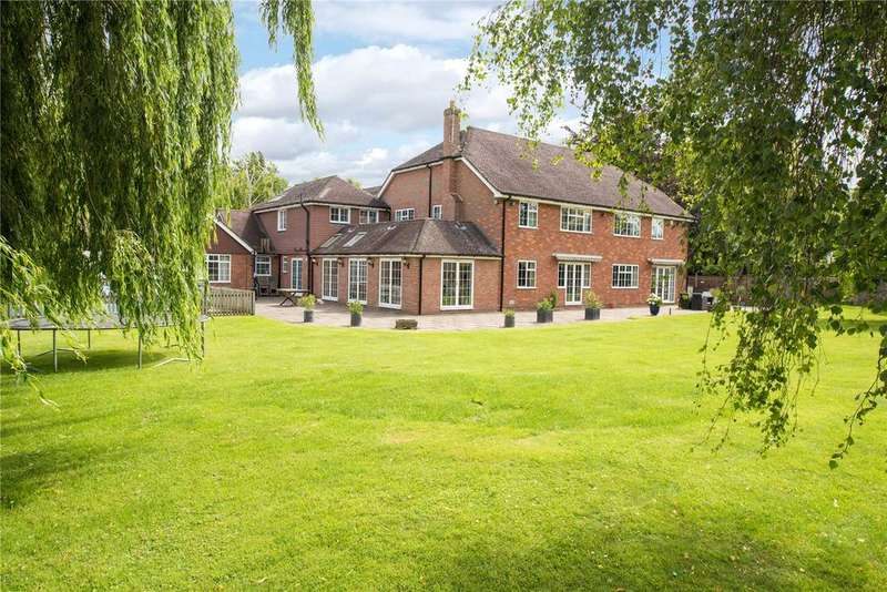 6 Bedrooms Detached House for sale in West End, Weston Turville, Aylesbury, Buckinghamshire, HP22