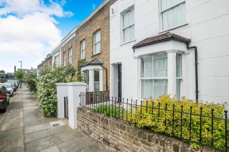 3 Bedrooms Terraced House for sale in Calverley Grove, Archway