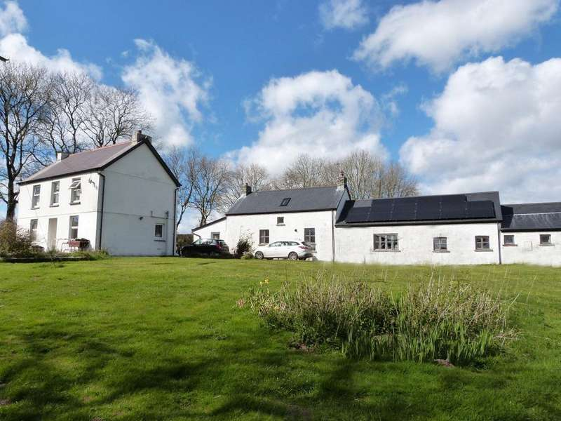 3 Bedrooms Detached House for sale in Whitland CARMARTHENSHIRE