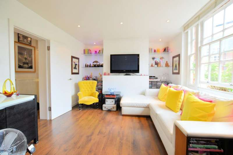 3 Bedrooms Flat for sale in Chester House, Chester Road, Dartmouth Park, London N19