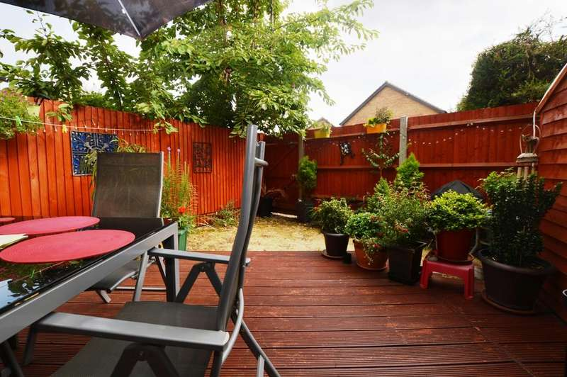 1 Bedroom Maisonette Flat for sale in Ravenscroft Crescent Mottingham SE9