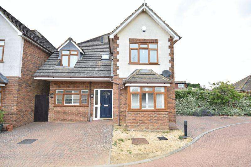4 Bedrooms Detached House for sale in Private Gated Development