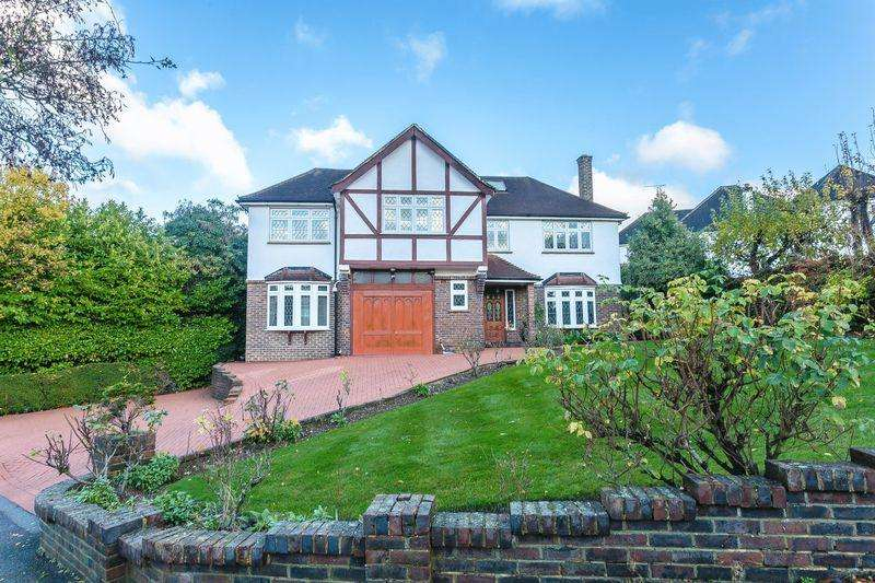 5 Bedrooms Detached House for sale in West Hill, Sanderstead