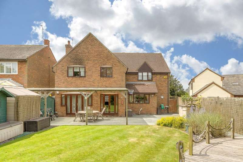 5 Bedrooms Detached House for sale in Addison Road, Steeple Claydon