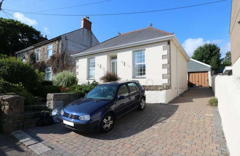 3 Bedrooms Property for sale in Church Road, Pool