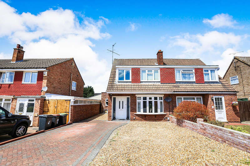 4 Bedrooms Semi Detached House for sale in Cheviot Close, Putnoe, Bedford, MK41