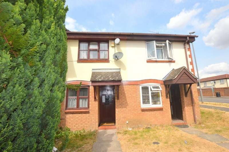 2 Bedrooms Terraced House for sale in The Magpies, Bushmead, Luton, Bedfordshire, LU2 7XT