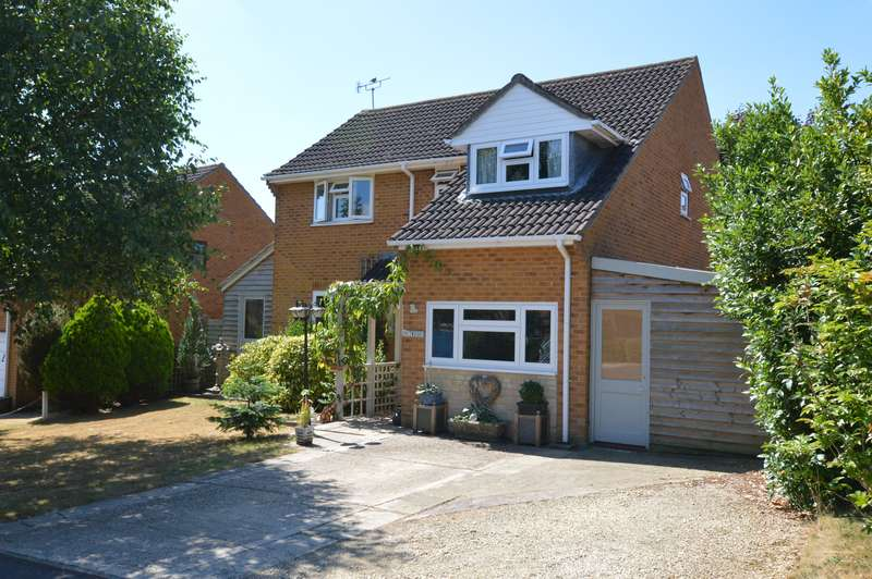 4 Bedrooms Property for sale in Stour Meadows, Gillingham