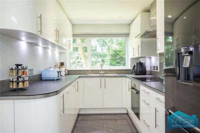 2 Bedrooms Apartment Flat for sale in Cedar Drive, East Finchley, London, N2