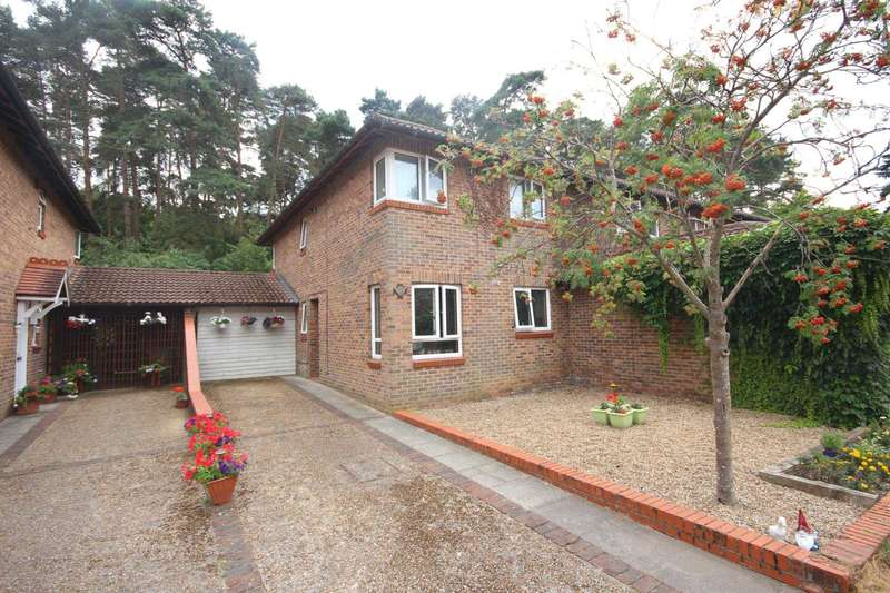 4 Bedrooms End Of Terrace House for sale in Southwick Court, Forest Park